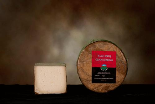 Queso de León curado en manteca de cerdo ibérico 100% ecológico